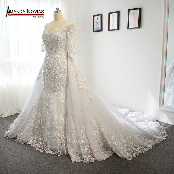 2017 Luxury full heavy beading pearls wedding dress with a long detachable train
