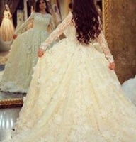 Amazing New Lace Wedding Dress Boat Neck Long Sleeves Chapel Train A-Line Princess Wedding Gown