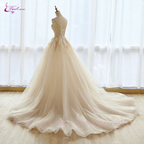 Waulizane Scoop Sleeveless Lace Up A-Line Wedding Dress Floor-Length Elegant Tulle Appliques Lace Bridal Gowns Plus Size