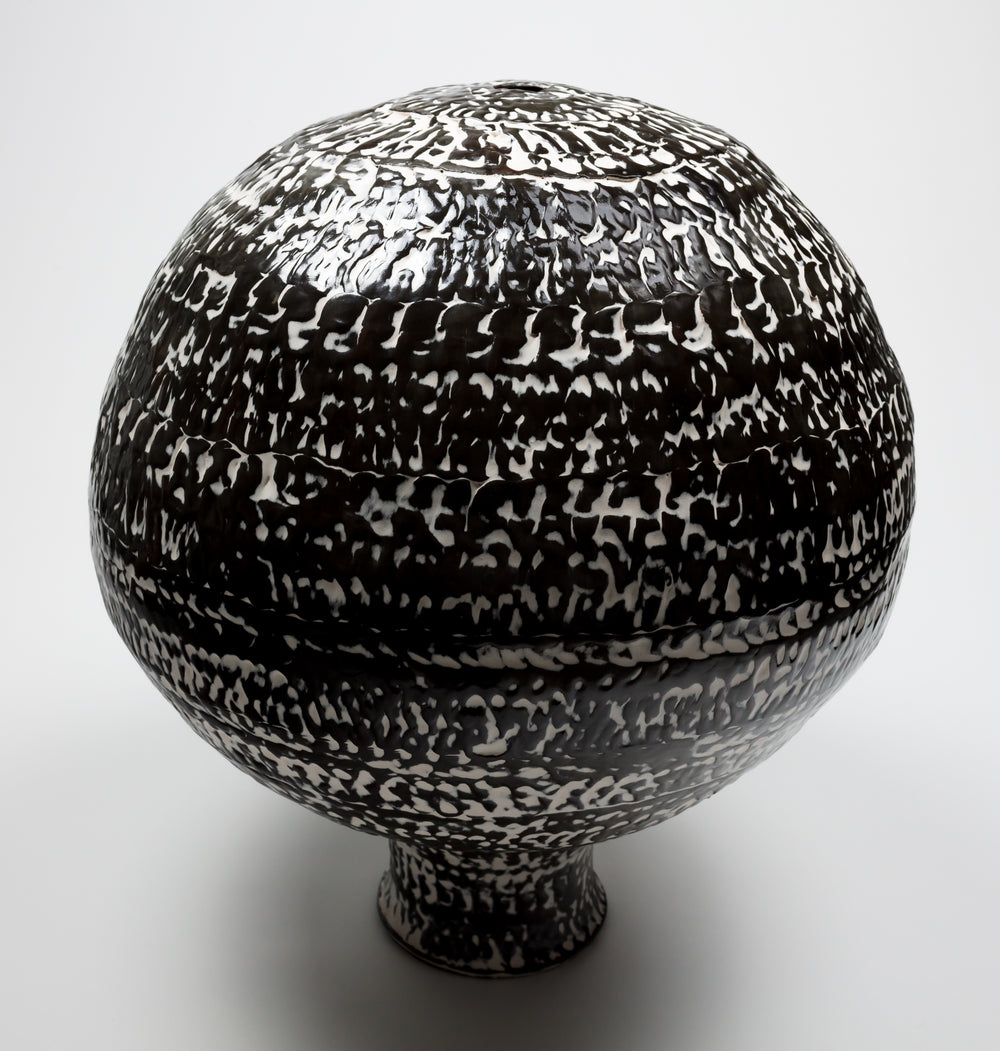 Black and white vessel, 2017.