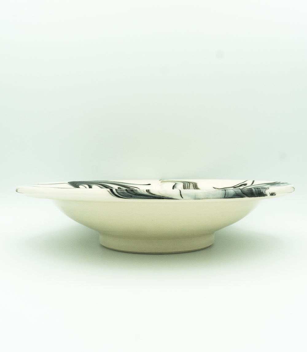 B&W, Marbleware Low, Wide Rimmed Bowl