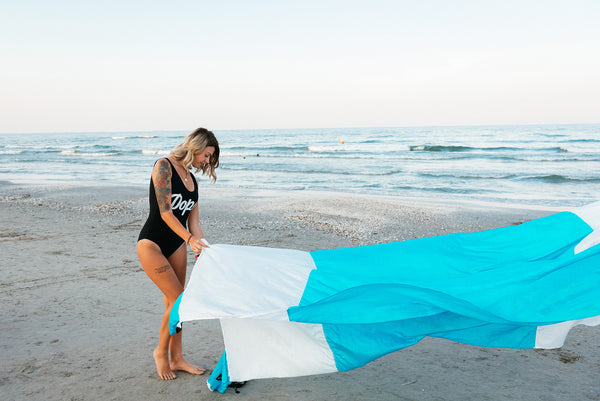 Beach Blanket - White/Blue