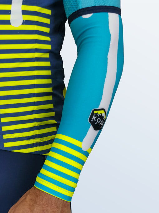 Zephyr 'Cyan Switch' Arm Warmers