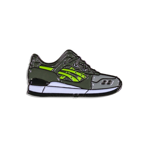 Super Green Sneaker Pin