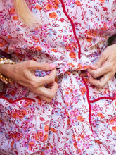 Load image into Gallery viewer, Pink Floral Kimono Robe with Scalloping