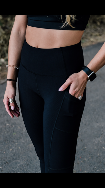 Ribbed Onyx Legging