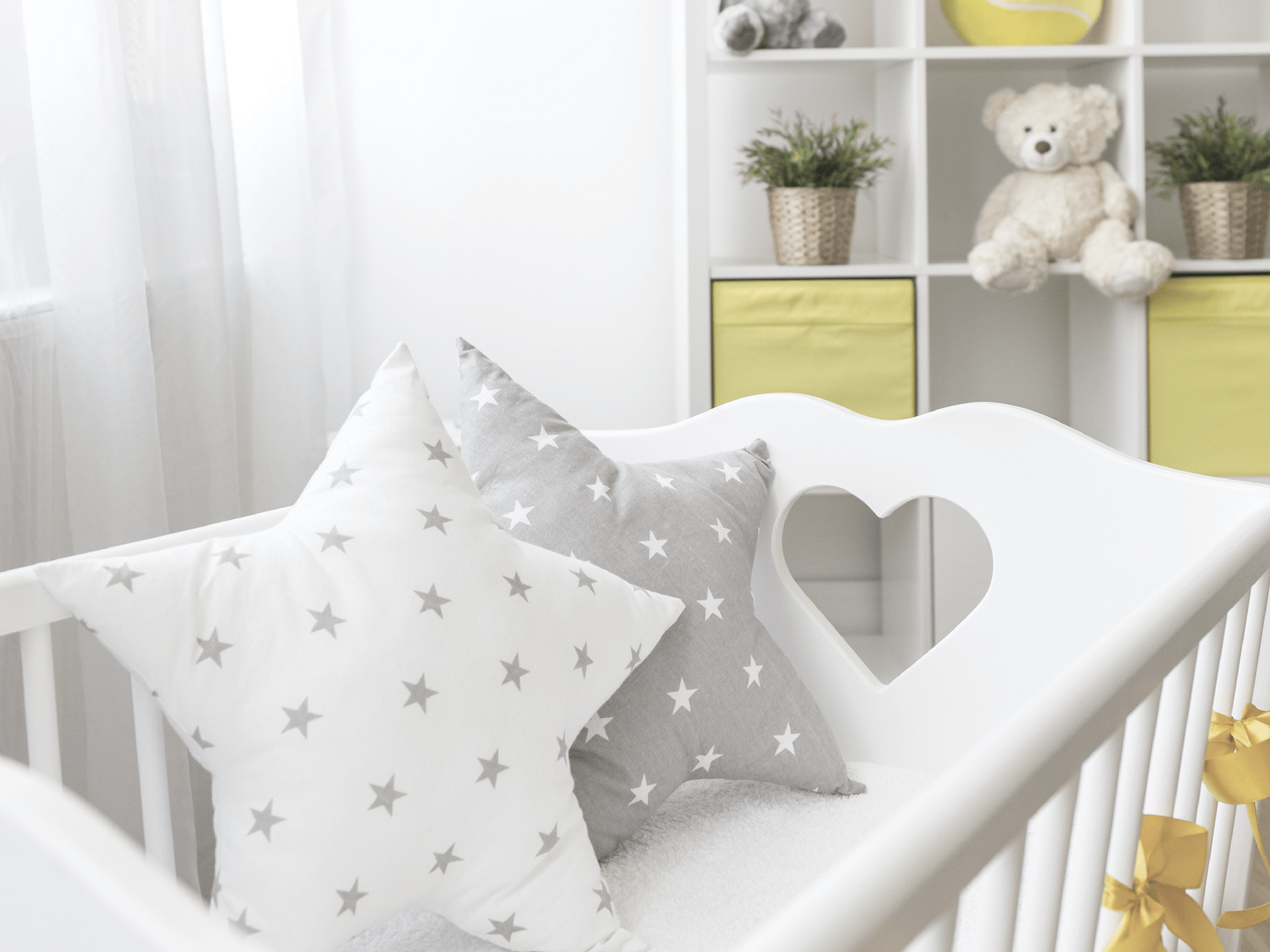 10 Ways to Decorate the Nursery on a Serious Budget