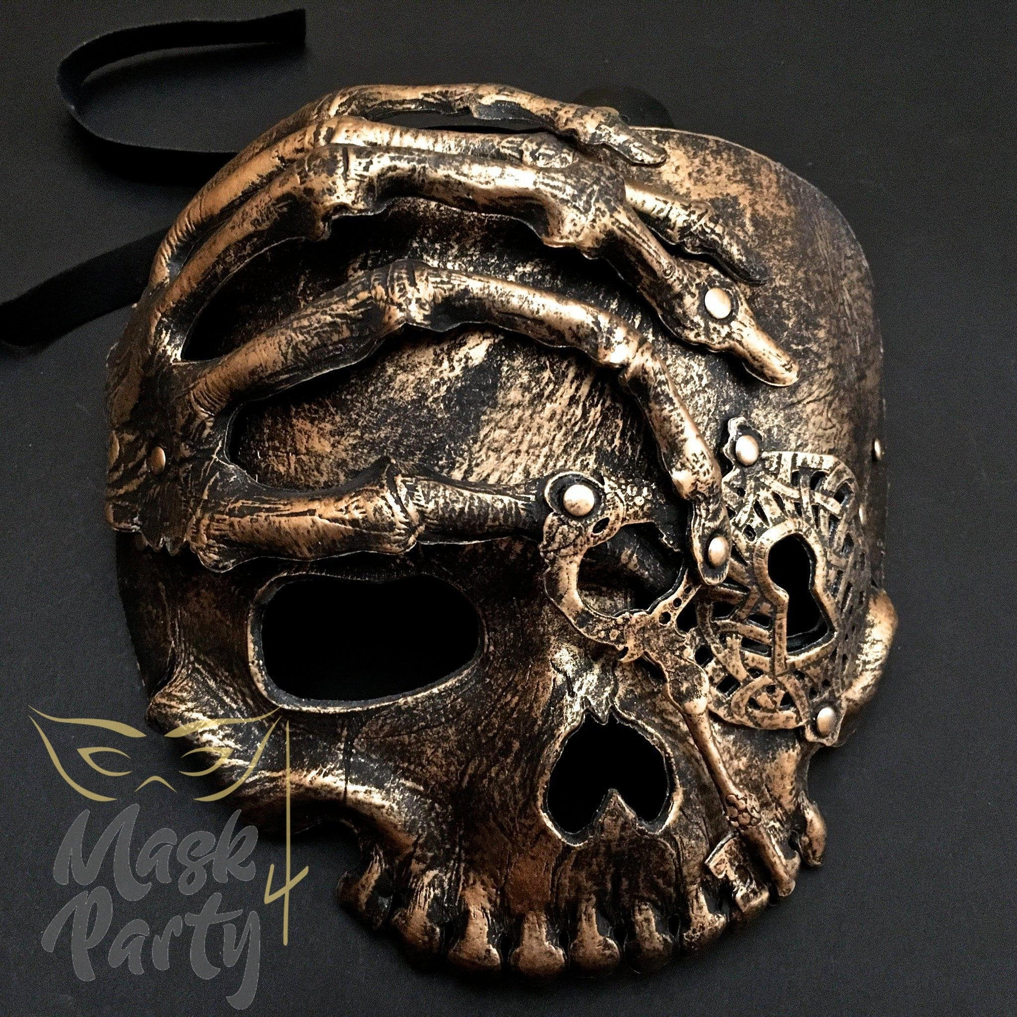 Day Of The Dead Mask - Halloween Hand Skull - Black/Gold - Mask4Party