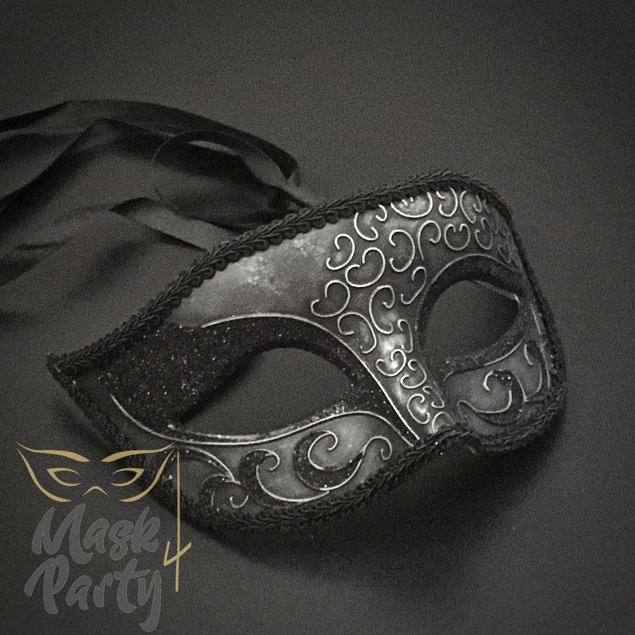 SALE - Masquerade Mask - Venetian Eye Glitter - Silver/Black Glitter - Mask4Party