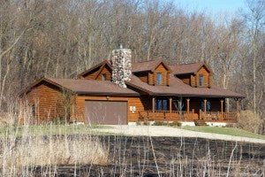 How to Protect Your Log Home From Forest Fires
