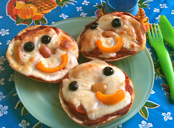 Smiley Face Bagel Pizzas