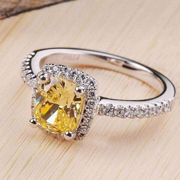Elegant Yellow Cubic Zirconia Cocktail Ring