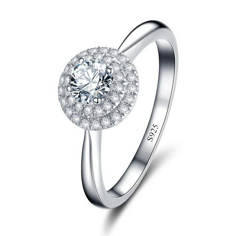 Luxurious Austrian Crystal Engagement Ring