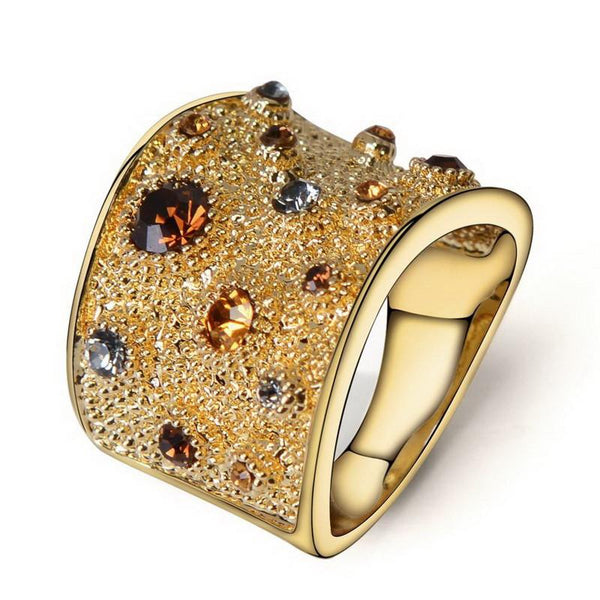 Wide Rhinestones Paved Cocktail Ring