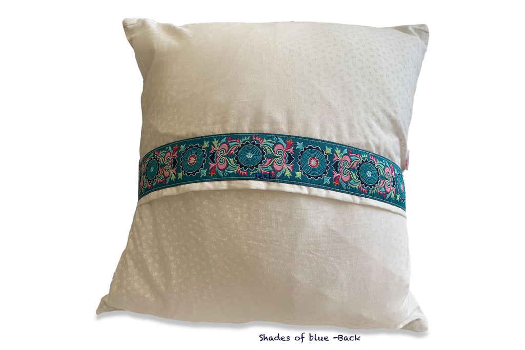 Cathedral window pillow - small