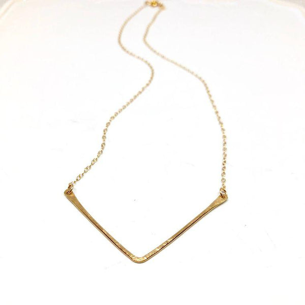 Simple V Necklace