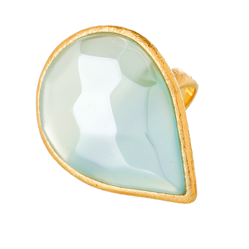Pierre Chalcedony Teardrop Ring