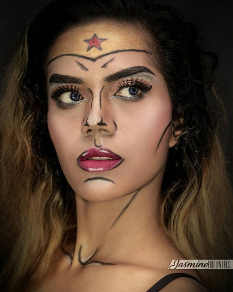 Pop Art Wonder Woman-Halloween Makeup Idea
