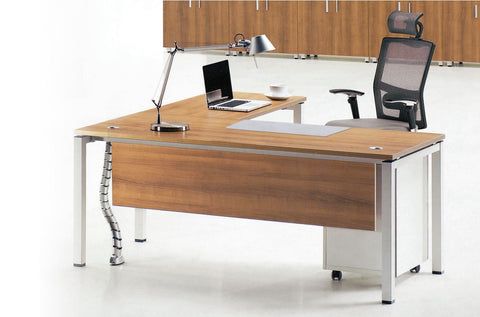 L-Shape Steel Frame Workstation