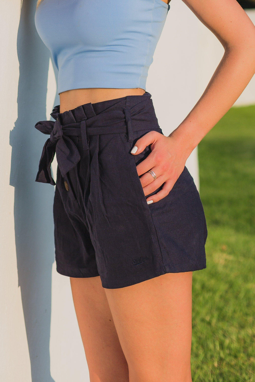 The Paperbag Shorts in Maritime Navy