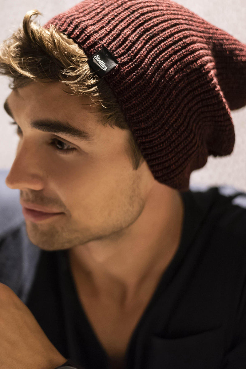 Baggy Fold-Over Marled Yarn Beanie in Maroon
