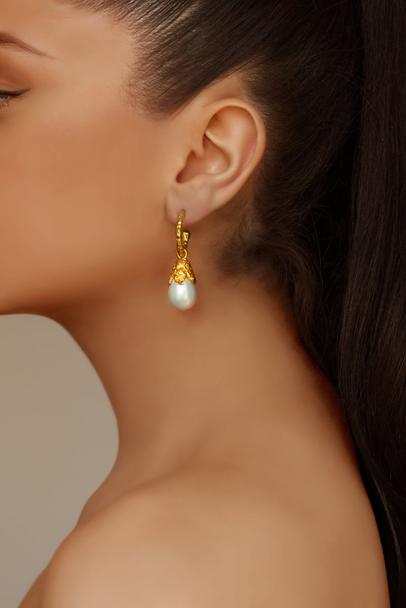 Ava Earrings - 24k Gold - Pearl - Angelina Alvarez