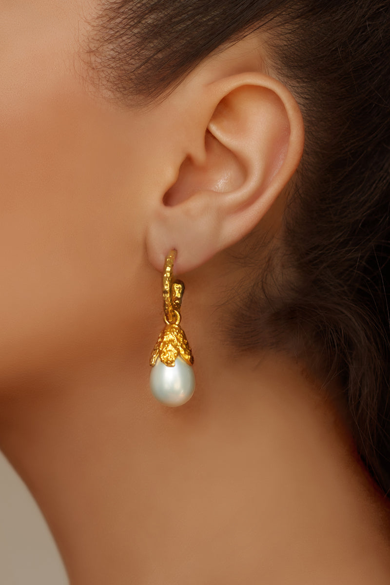 Ava Earrings - 24k Gold - Pearl