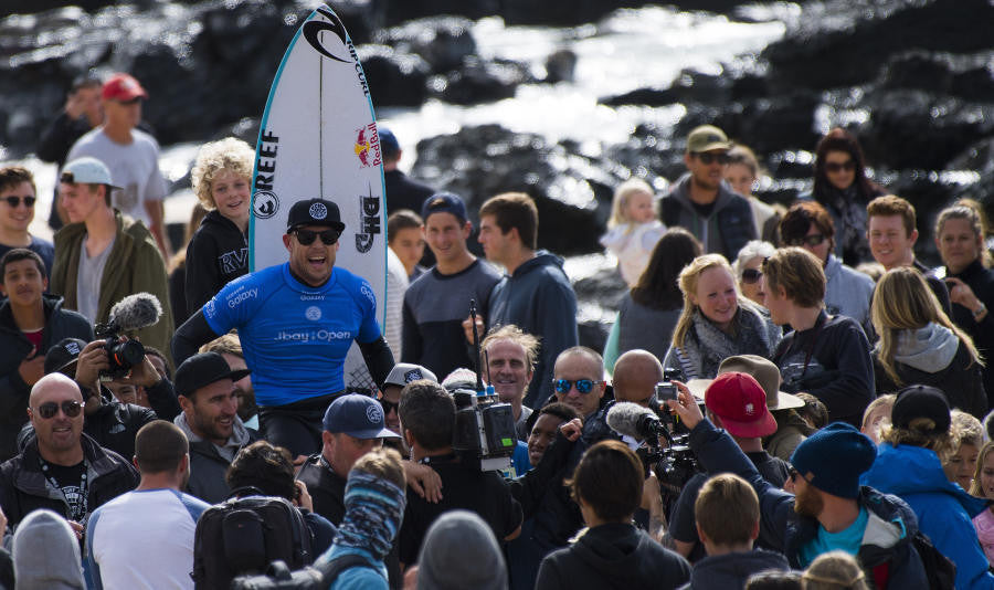 Mick Fanning Awarded Australia's Highest Civilian Honor