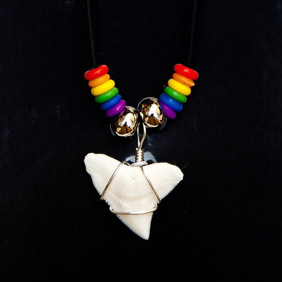 "7/8"" Bull Shark Rainbow Necklace"