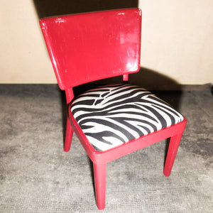 Fun fuchsia zebra chair