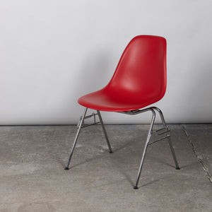 Vitra Plastic Side Chair DSS - Red