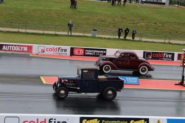 Industry and Supply Outings: VHRA - Santa Pod