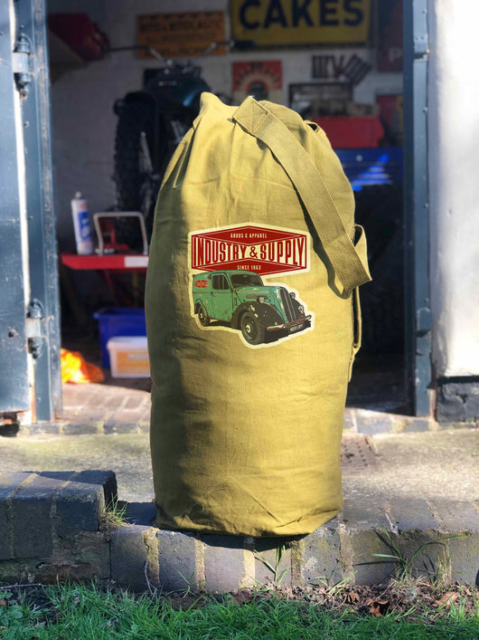 LIMITED EDITION ARMY SURPLUS KIT BAGS - NEW CONDITION