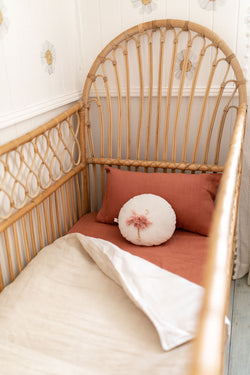 Bone linen with white linen cot quilt