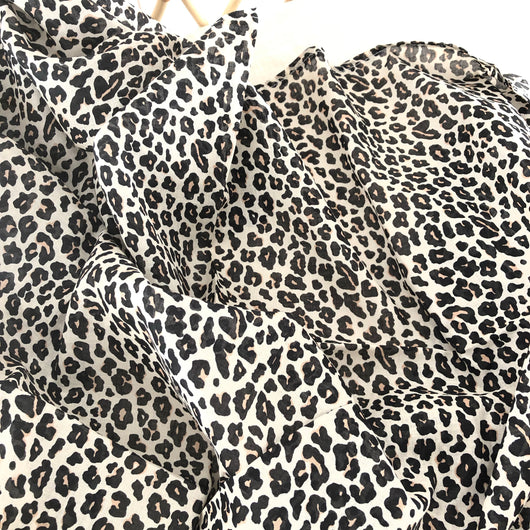 Leopard cotton muslin wrap