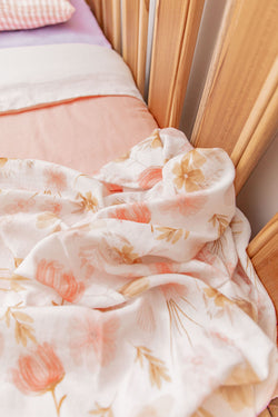 Peachy pink linen with white linen cot quilt