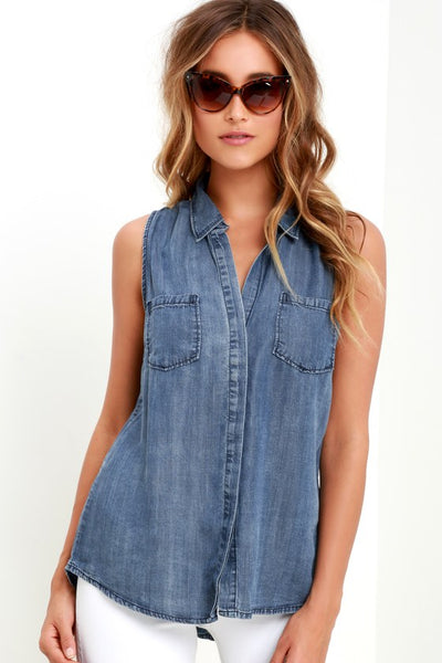 Courtesy Collar Blue Chambray Top - Lulus