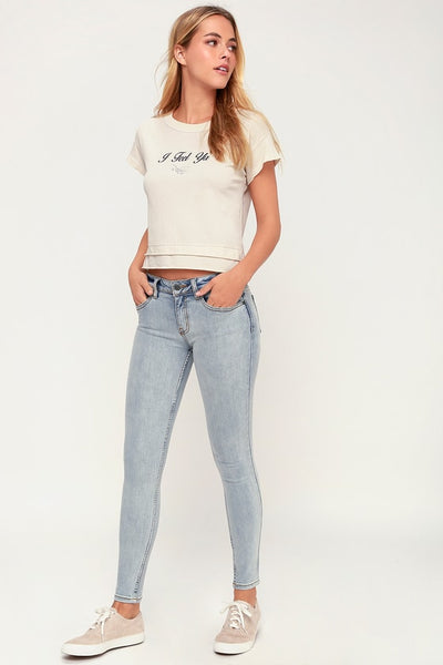 Dayley Light Wash Skinny Jeans - Lulus