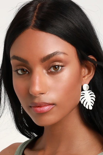 Monstera Magic Silver Leaf Earrings - Lulus