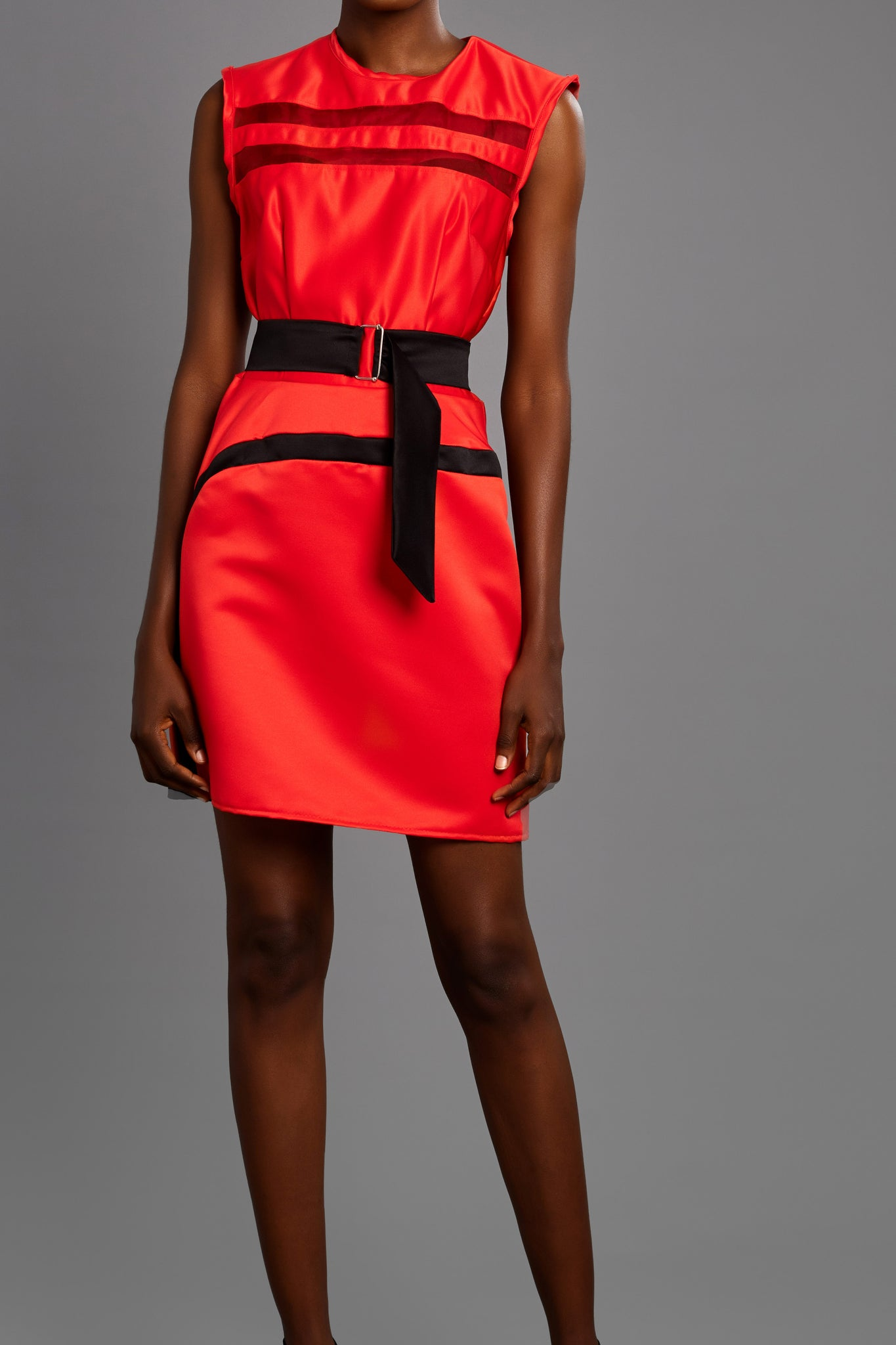 Sleeveless Dress With Front Strip