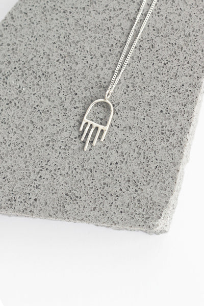 MINI SILVER HAMSA NECKLACE