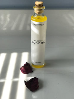 Reciprocitee massage body oil