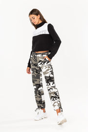 Hype Black/White Sporting Panel Women's Crewneck