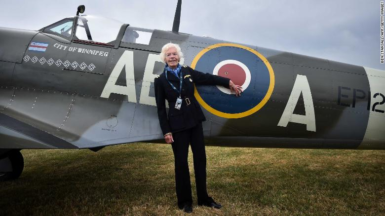 Heroines of the Sky – Fighter pilot Mary Ellis and her favourite aircraft, the Spitfire