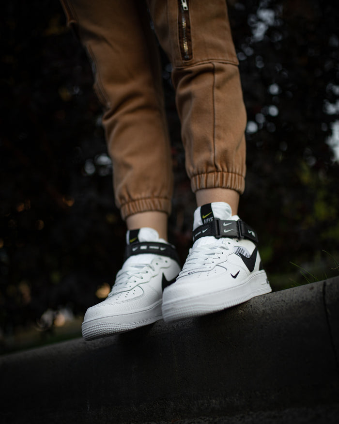 Nike Air Force 1 07 Mid Utility Pack White