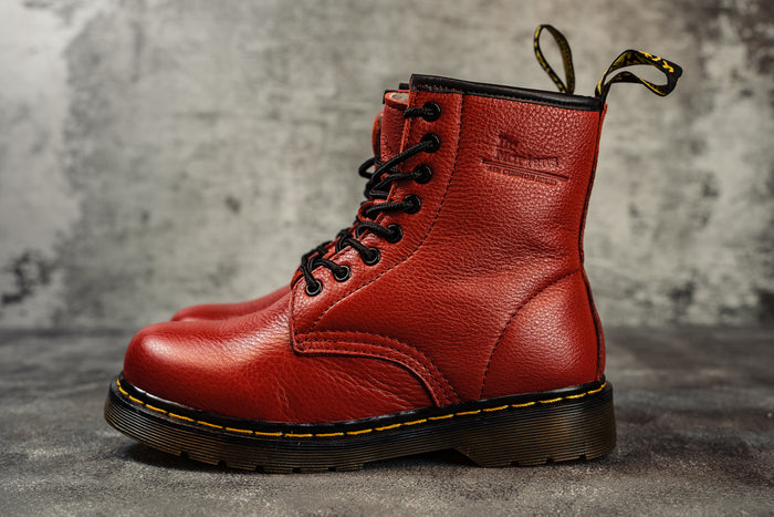 Dr.Martens Winter RED