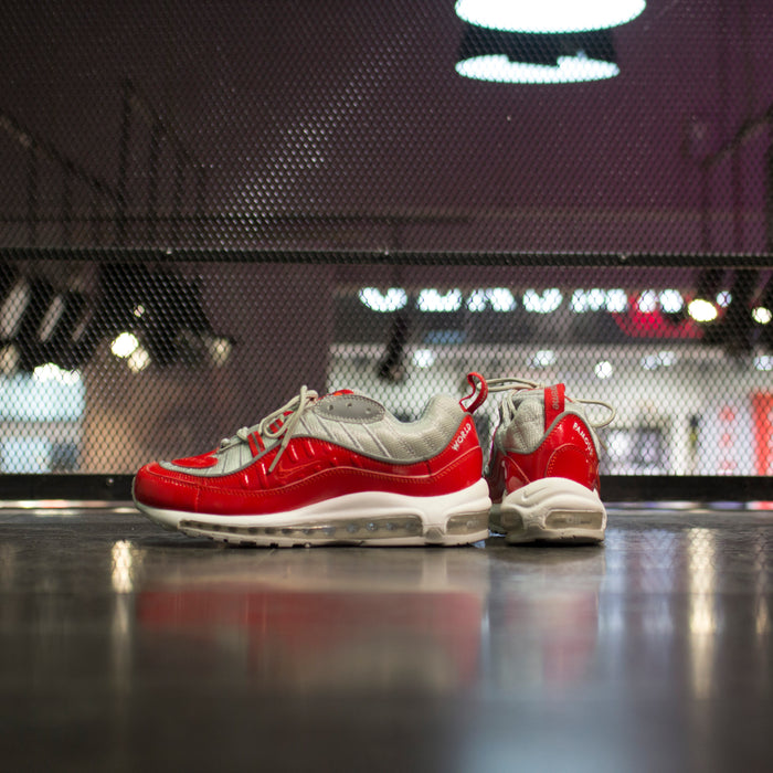 Nike Air Max 98 x Supreme red/white