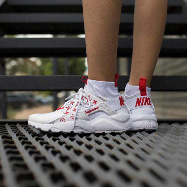 2aba01603c47f3 Первый сникер-магазин Казахстана. Nike Air Huarache Ultra x Supreme ...