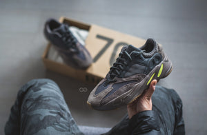 "Adidas YEEZY BOOST 700 ""WAVE RUNNER"" Mauve - Game Over Shop"