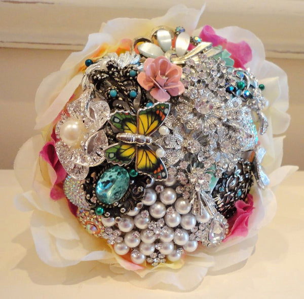 Bridal bouquet | Wedding butterfly brooch bouquet | Fullilove Designs